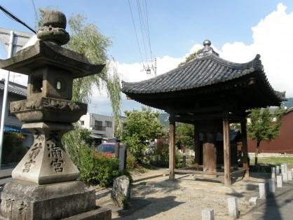 長岳寺五智堂(真面堂)